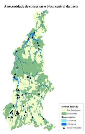 O bloco central da bacia do rio Tapajós, cuja conservação é vital. Os triângulos negros indicam as centrais hidrelétricas planejadas. As cores celeste e azul indicam o tamanho das represas. Foto: Cortesia WWF