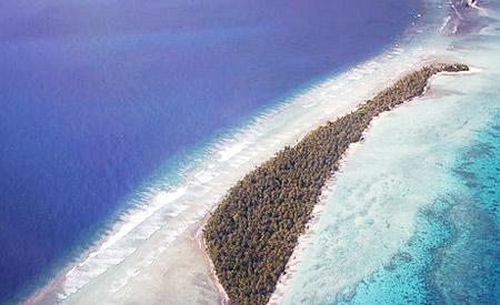 Imagem aérea das Ilhas Marshall, que sofre com graves secas e tempestades. Foto: Christopher.Michel