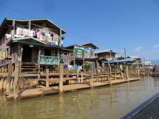 Grandes empresas transnacionais começam a entrar na Birmânia, país com grandes carências em matéria de infraestrutura. Foto: F. A. Sheikh/IPS