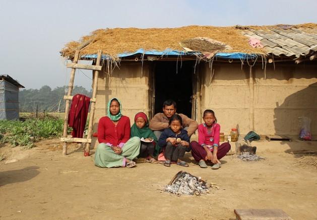 A contaminação do ar em espaços internos afeta cerca de 22 milhões de pessoas no Nepal. Foto: Mallika Aryal/IPS