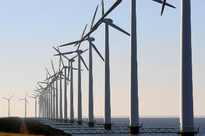 O Nordeste do Brasil tem grande potencial para captar energia eólica, que é limpa e renovável © WWF / Michel GUNTHER