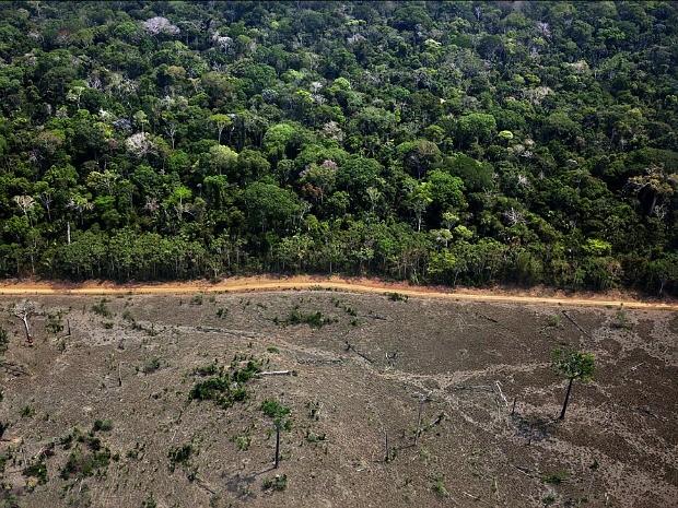 Crise hídrica é apenas uma das muitas razões para termos uma lei florestal capaz de proteger mananciais, nascentes e rios. Foto: Greenpeace