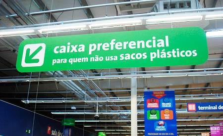 Medidas visam desestimular uso das sacolas plásticas. Foto: mlpeixoto