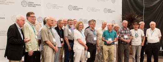 Alguns dos signatários da Declaração de Mainau 2015 sobre Mudanças Climáticas. Foto: Ch. Flemming / Lindau Nobel Laureate Meetings