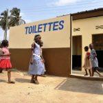 Banheiros, uma meta de desenvolvimento mais do que pendente
