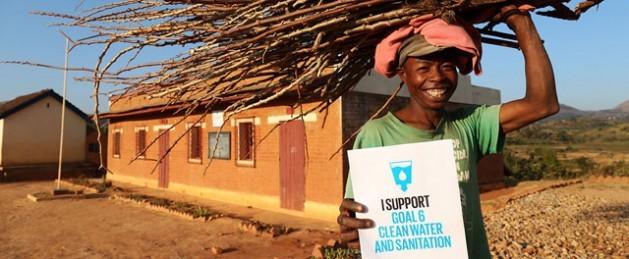 O 6º Objetivo de Desenvolvimento Sustentável assegura a disponibilidade e gestão sustentável da água e saneamento para todos.Foto: WaterAid