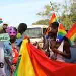 Homossexuais aguardam o papa em Uganda
