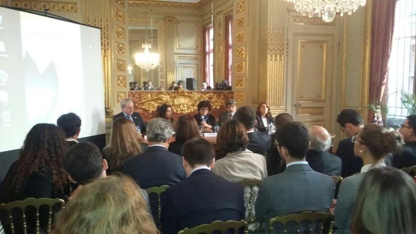 Duarte se encontrou com outros prefeitos e a Ministra do Meio Ambiente, Izabella Teixeira, na Embaixada brasileira, em Paris. Foto: Reinaldo Canto