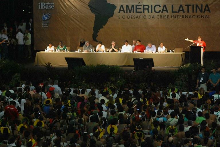 O Fórum Social Mundial de 2009, em Belém (PA), reuniu os presidentes do Paraguai, Fernando Lugo, da Bolívia, Evo Morales, do Brasil, Lula, do Equador, Rafael Correa, e da Venezuela, Hugo Chavez