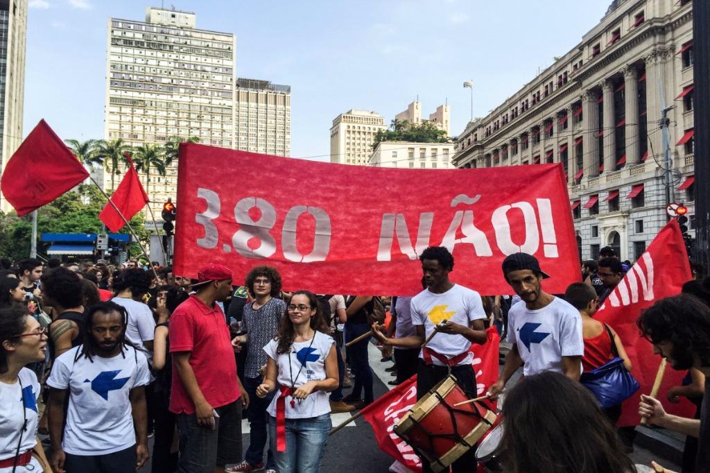 Manifestação contra aumento da tarifa de ônibus em São Paulo (8.1.2016)