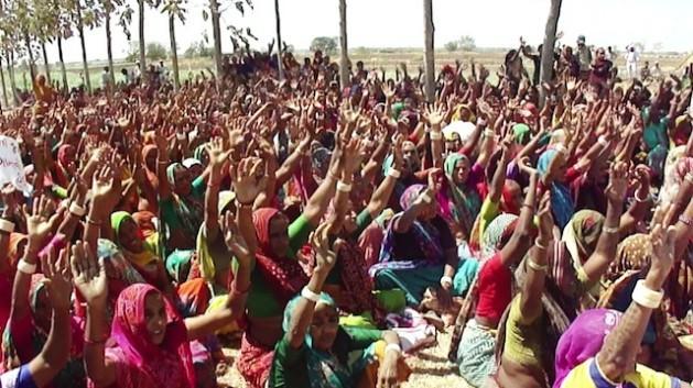 Mulheres de Gujarat, na Índia. Foto: Krishnakant/IPS