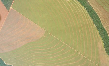 Desmatamento na Amazônia para o agronegócio. Metas brasileiras incluem o reflorestamento e a restauração de 12 milhões de hectares. Foto: Pedro Biondi/Flickr/(cc)