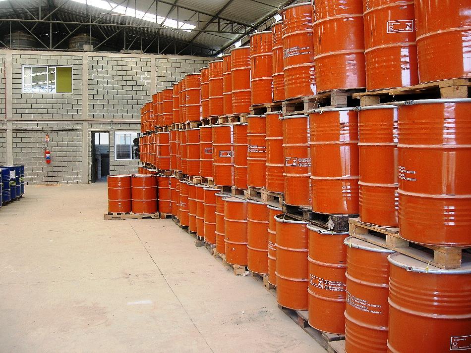 Centro de Estocagem e Destinação de Resíduos Perigosos.
