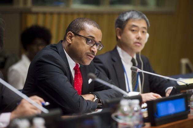A Jamaica foi um dos primeiros países a adotar uma política externa em matéria de direitos humanos. Na foto, Courtenay Rattray, representante permanente desse país na ONU. Foto: Amanda Voisard/ONU