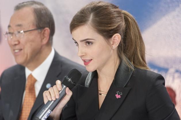 Emma Watson, embaixadora de Boa Vontade da ONU Mulheres, e o secretário-geral da Organização das Nações Unidas, Ban Ki-moon. Foto:Mark Garten/ONU