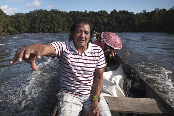 Juventino Kaxuyana, 54 anos, liderança e cacique da Aldeia Santidade. Foto: Ana Mendes