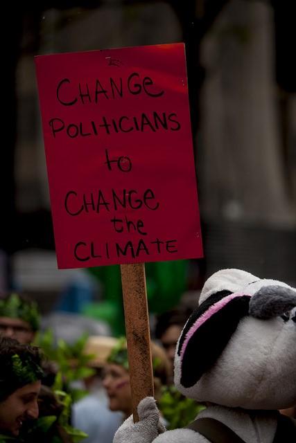 Mobilização Mundial pelo Clima, em dezembro de 2015. Brasileiros foram às ruas exigir metas mais ambiciosas contra as mudanças climáticas. Foto: ©Zé Gabriel/Greenpeace