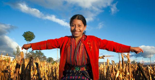 As adolescentes indígenas latino-americanas são, junto com as adolescentes rurais, as mais discriminadas em matéria de oportunidades e de educação na região. Foto: RajeshKirshnan/ONU Mulheres