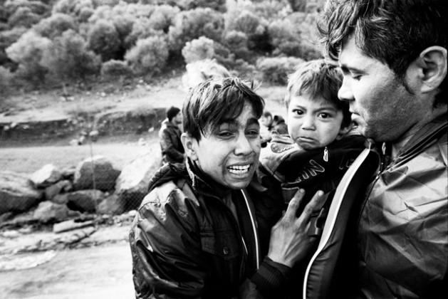 Uma família de refugiados afegãos chega a Lesbos, na Grécia, em 2015.Foto: GilesDuley/Acnur