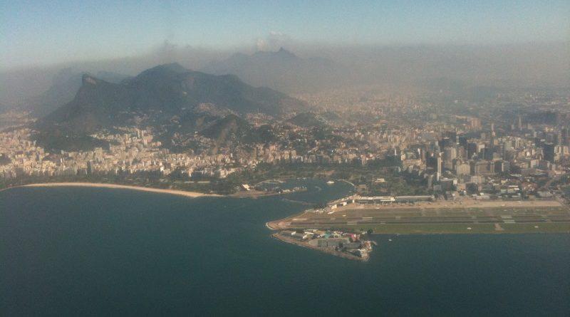 Faltando poucos dias para o começo dos Jogos Olímpicos, a qualidade do ar no Rio de Janeiro está abaixo do recomendado pela Organização Mundial da Saúde, aponta levantamento da agência Reuters. ]Foto: Dois Expressos/Flickr - Creative Commons